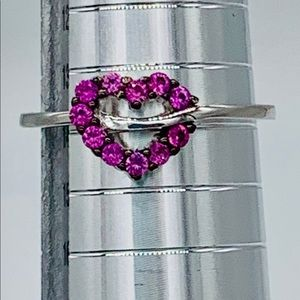 🎄Sterling Silver Heart shaped ruby cz ring🎄